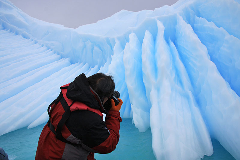michael-taking-picture-of-glacier